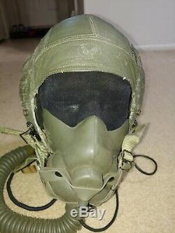 Us Air Force Flight Helmet type A-17. Pilot helmet. 50's era MBU-4 oxygen mask