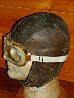 Ww2 (pre) Pilots Flight Helmet & Goggles